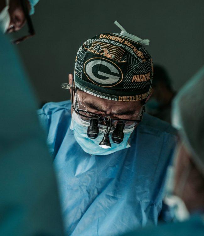 Medico especialista en cirugia